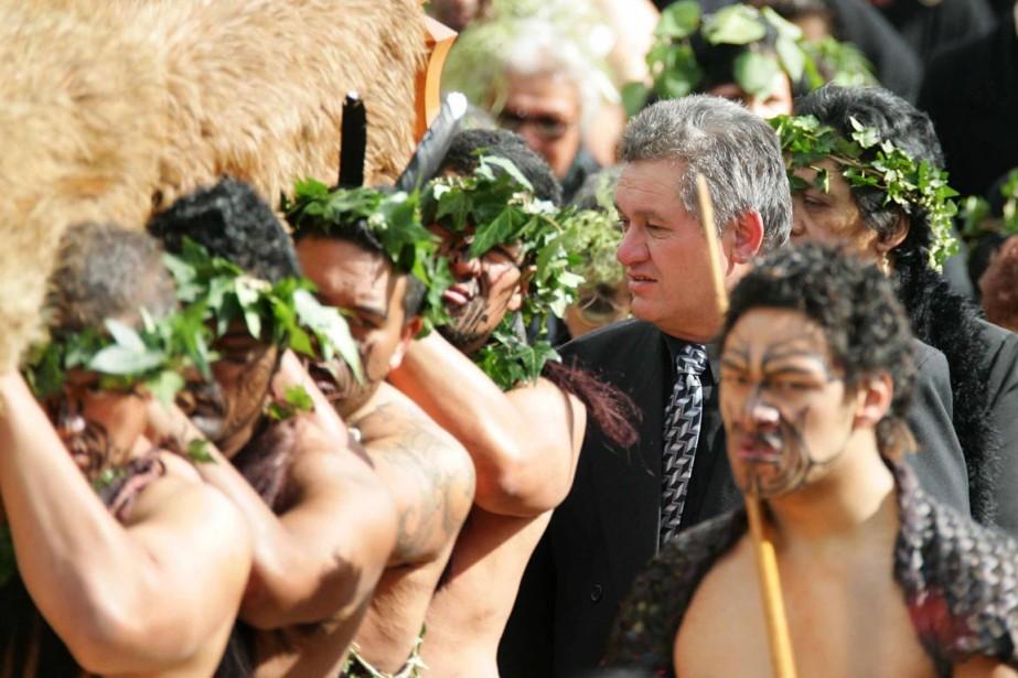 Le roi Tuheitia, qui était conducteur de poids... (PHOTO DEAN TREML, ARCHIVES AFP)