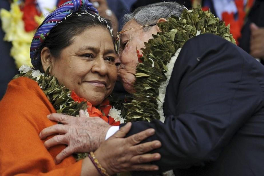 Rigoberta Menchu, lauréate d'un prix Nobel de la... (PHOTO ARCHIVES AFP)