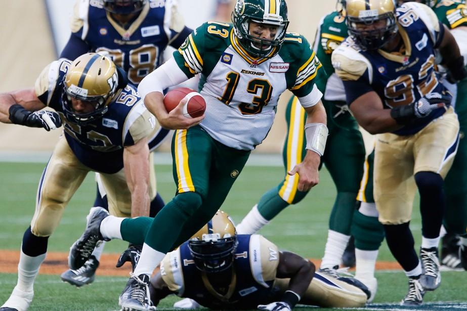 Mike Reilly des Eskimos d'Edmonton... (Photo John Woods, La Presse Canadienne)