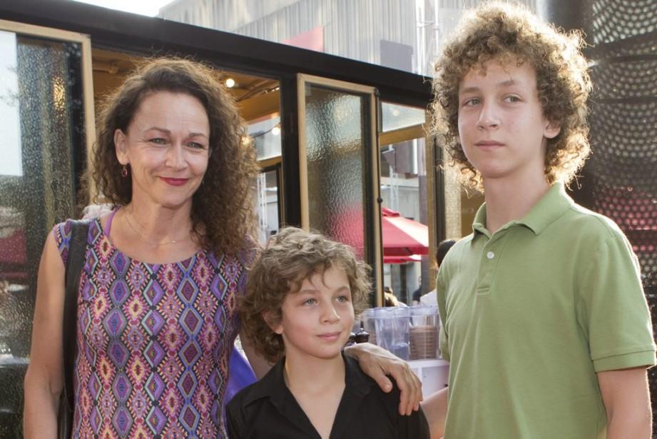 Sylvie Drapeau avec ses fils. (Photo: Olivier Jean, La Presse)