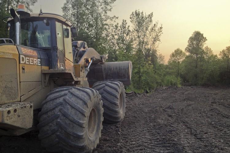 Les travaux se poursuivent à La Prairie, où... (PHOTO FOURNIE PAR PHILIPPE BLAIS)
