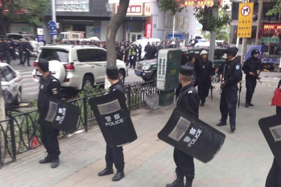 Les suspects avaient été identifiés dimanche par la... (Photo Archives AP / Xinhua)