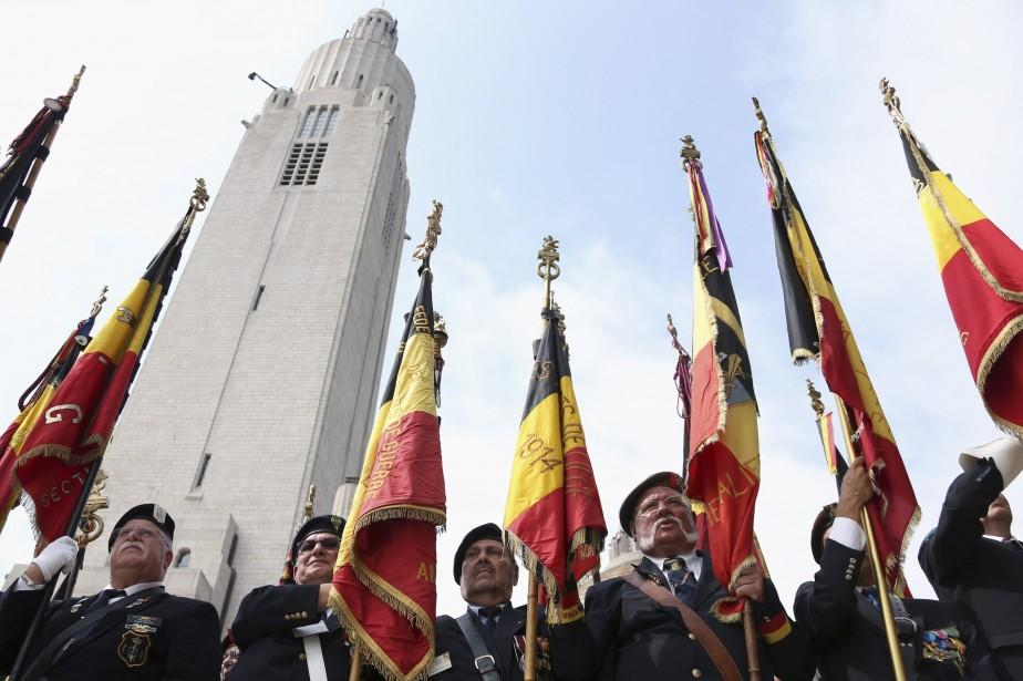 La cérémonie de lundi revêtait une signification particulière... (Photo FRANCOIS LENOIR, REUTERS)
