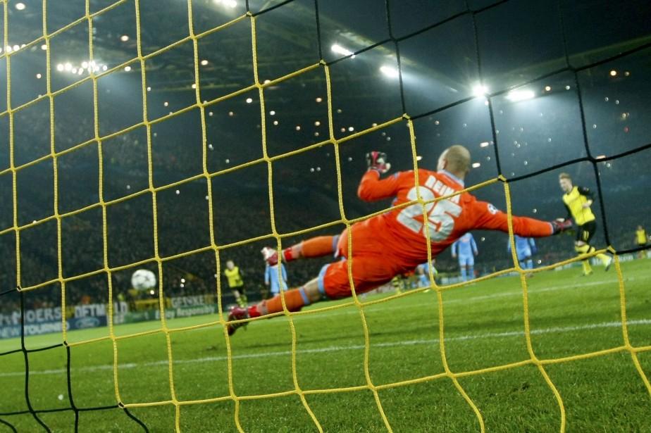 Le gardien espagnol de Liverpool Jose Manuel Reina va... (Photo Reuters)