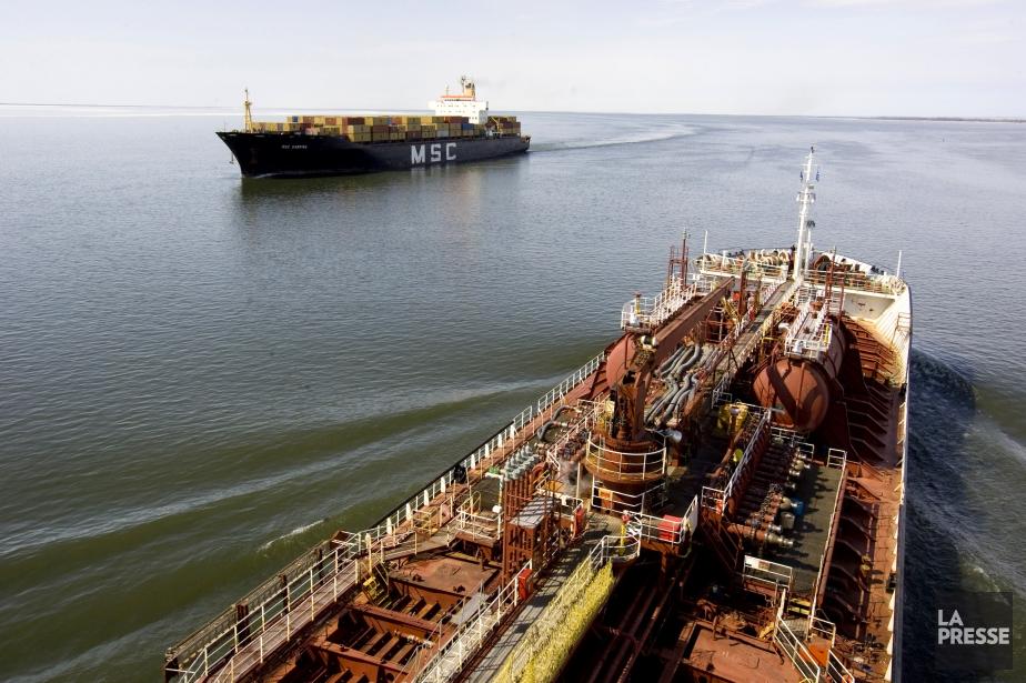 D'importantes quantités de produits pétroliers de toutes sortes... (Photo François Roy, archives La Presse)