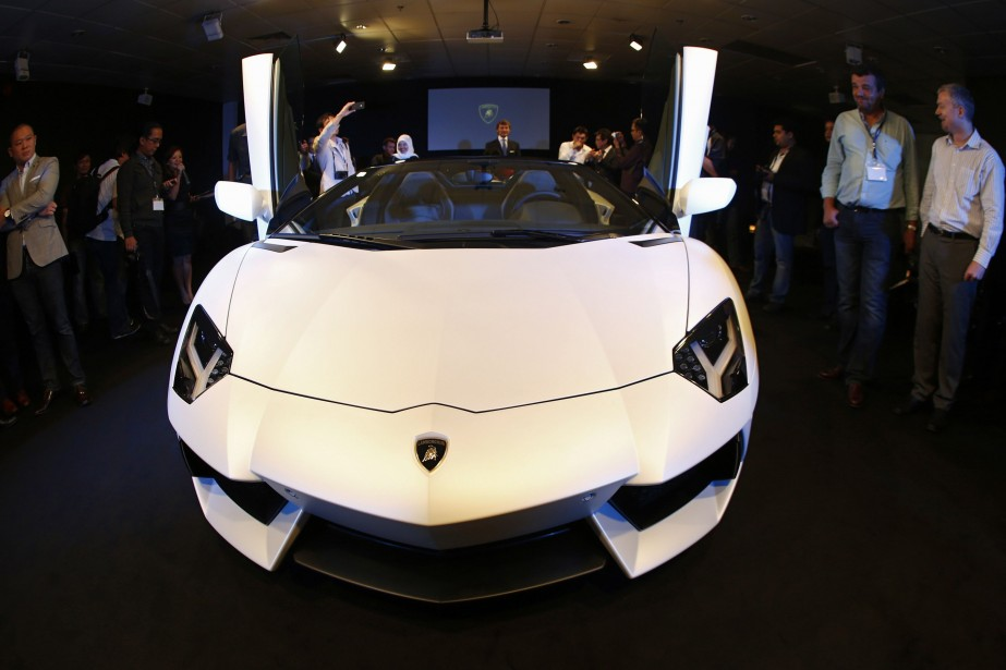 Une Lamborghini Aventador semblable à celle vendue par... (Photo archives Reuters)