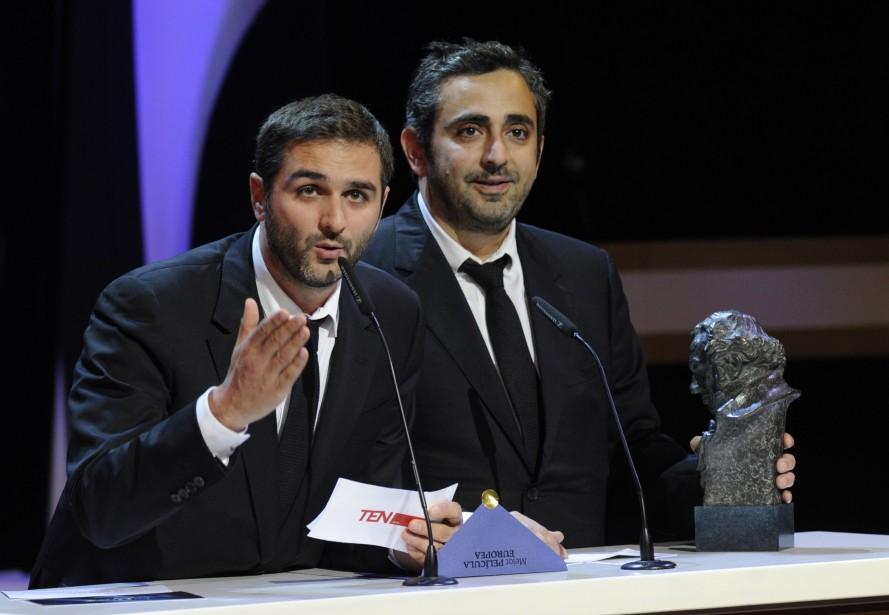 Eric Toledano (à gauche) et Olivier Nakache... (PHOTO EDUARDO DIEGUEZ, AFP)