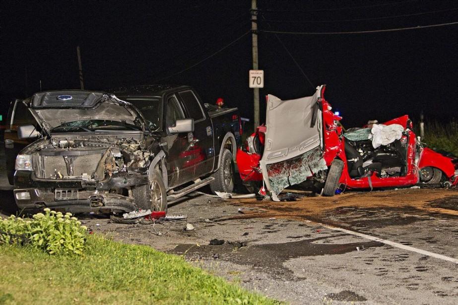 La collision a eu lieu sur la route104... (PHOTO FÉLIX O.J. FOURNIER, COLLABORATION SPÉCIALE)