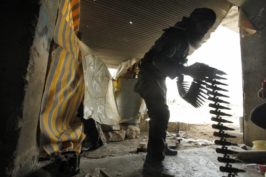 Londres va acheminer aux forces... (Photo AMMAR ABDULLAH, Archives Reuters)