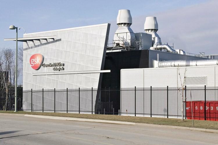 L'usine de GlaxoSmithKlineà Québeccompte des contrats pour la... (Archives PC)