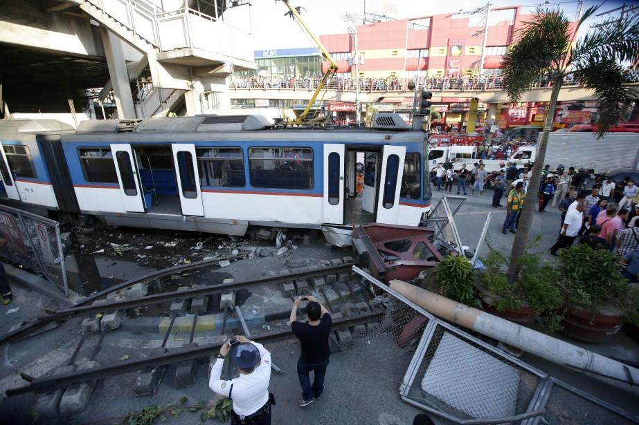 Au moins 34 personnes ont été blessées mercredi aux... (Photo Bullit Marquez, AP)