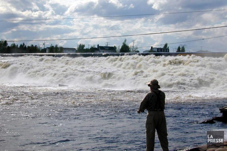 Un pêcheur est tombé à l'eau tôt jeudi matin au... (Photo archives La Presse)