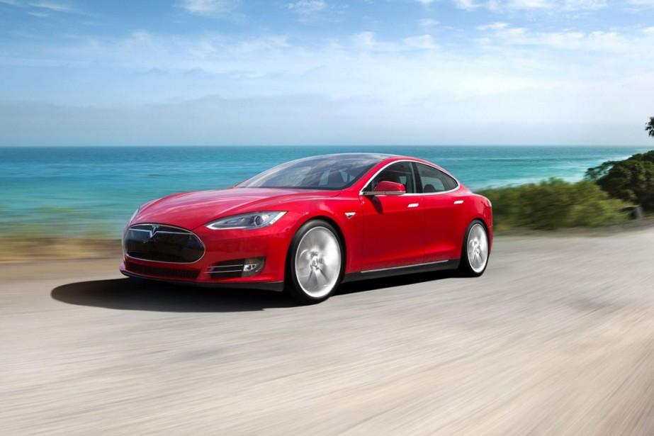 Tesla vend la plupart de ses voitures, comme... (PHOTO FOURNIE PAR TESLA)