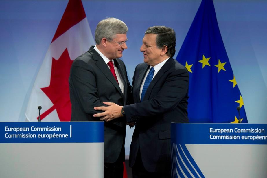 Le premier ministre Stephen Harper a rencontré le... (PHOTO ARCHIVES PC)