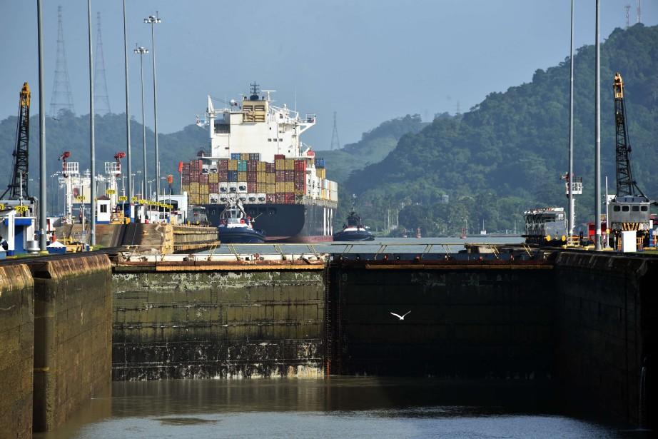 Le canal de Panama célèbre aujourd'hui... (PHOTO RODRIGO ARANGUA, ARCHIVES AFP)