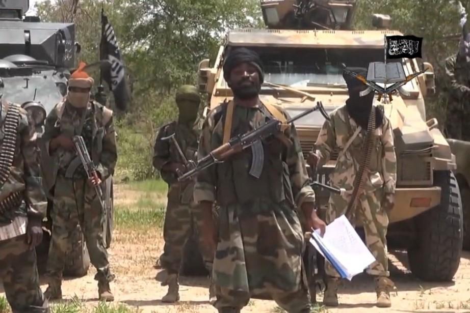 Le chef du Boko Haram, Abubakar Shekau, dans... (IMAGE ARCHIVES AFP/BOKO HARAM)