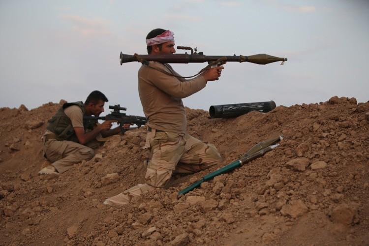 Descombattants kurdes sur la ligne de front, à... (Photo: AFP)