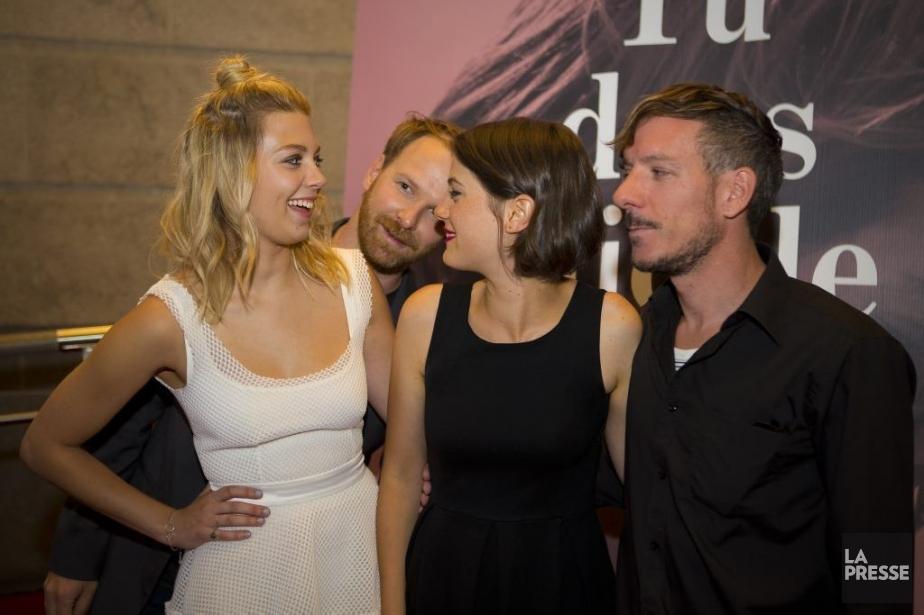 Le réalisateur et scénariste Stéphane Lafleur avec trois... (Photo: André Pichette, La Presse)