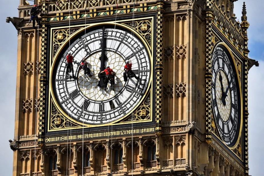 Le dernier grand nettoyage de Big Ben remontait... (PHOTO BEN STANSALL, AFP)