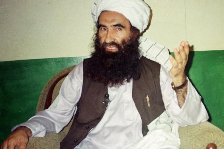 Le fondateur du réseau terroriste, Jalaluddin Haqqani, lors... (Archives AP)