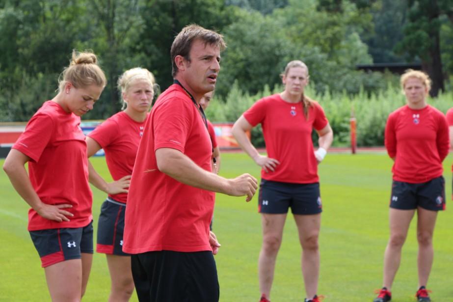François Ratier, entraîneur-chef de l'équipe féminine canadienne de... (Photo fournie par Rugby Canada)