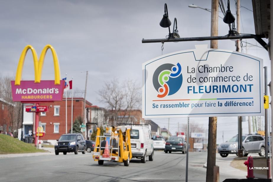 Les chambres de commerce s 39 en prennent aux commerces for Chambre de commerce de sherbrooke