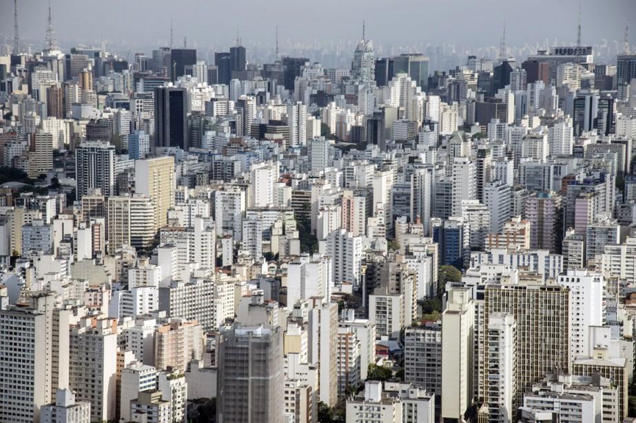 Les réservoirs du réseau Cantareira, qui alimente 45%... (PHOTO PAULO FRIEDMAN, ARCHIVES BLOOMBERG NEWS)