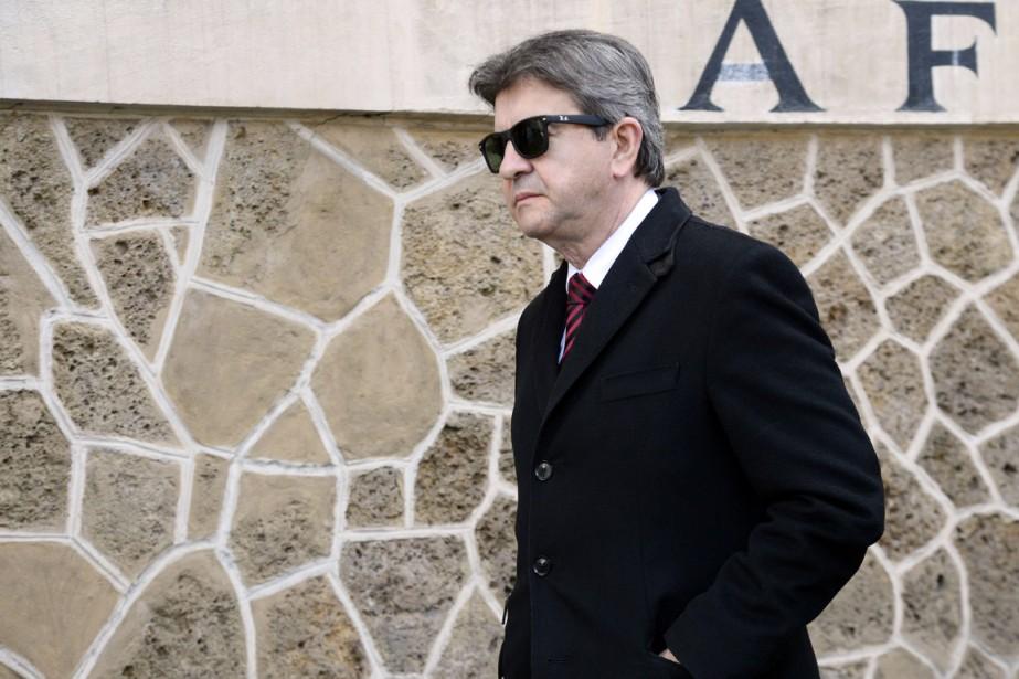 Selon Jean-Luc Mélenchon, son retrait s'inscrit dans le... (PHOTO BERTRAND GUAY, ARCHIVES AFP)