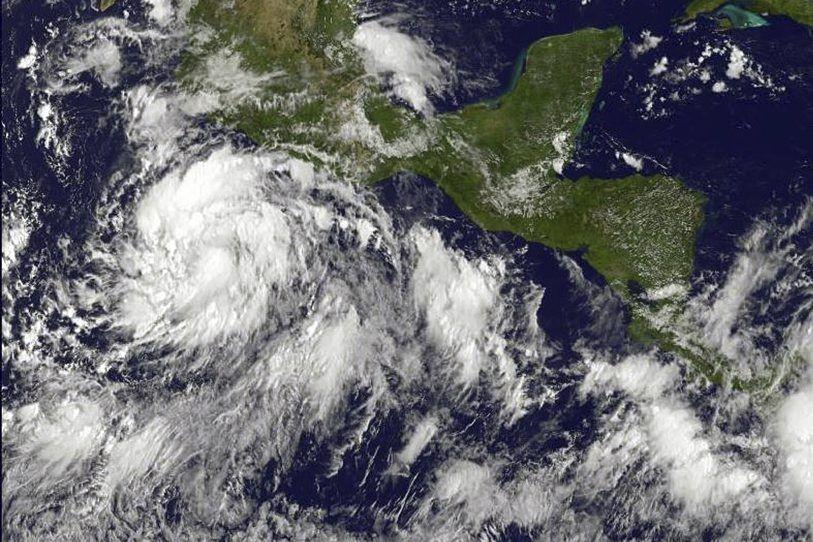 Cette tempête, baptiséeMarie, située dans l'est du Pacifique,... (Photo AFP)