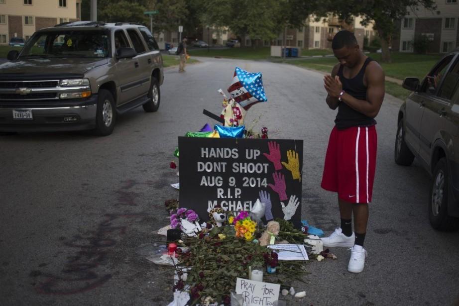 Les manifestations ont diminué d'intensité à Ferguson, au... (PHOTO REUTERS)