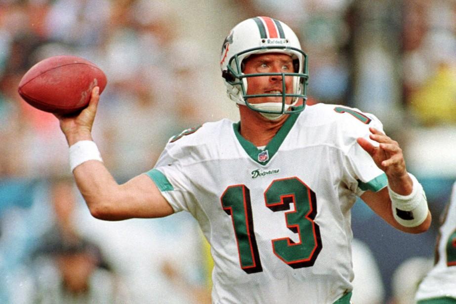 Dan Marino a joué17 saisons avec les Dolphins.... (PHOTO ARCHIVES REUTERS)