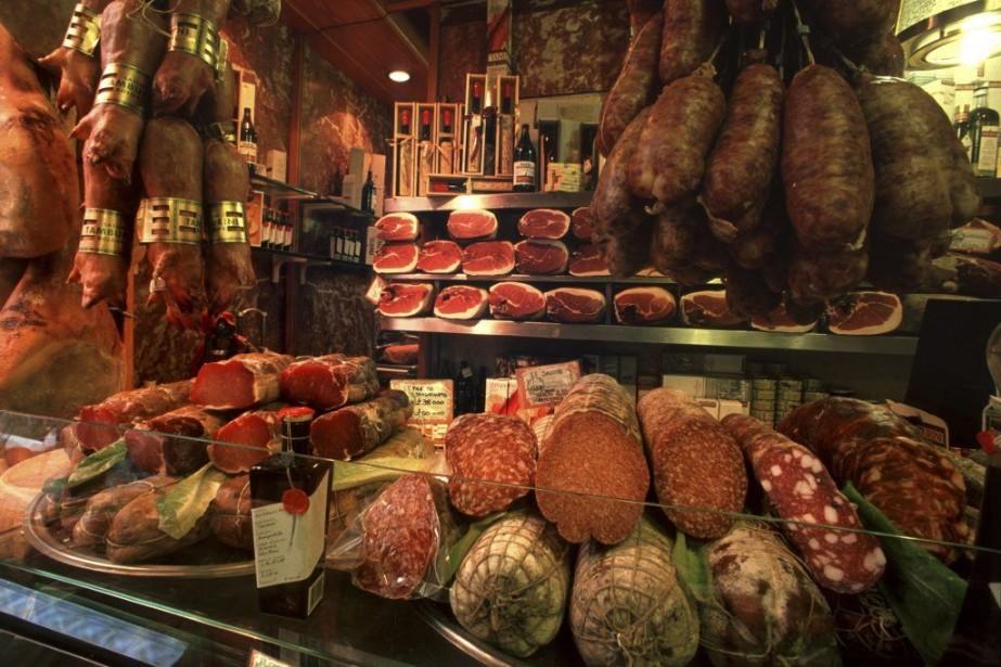 Tamburini est l'épicerie fine la plus célèbre deBologne....