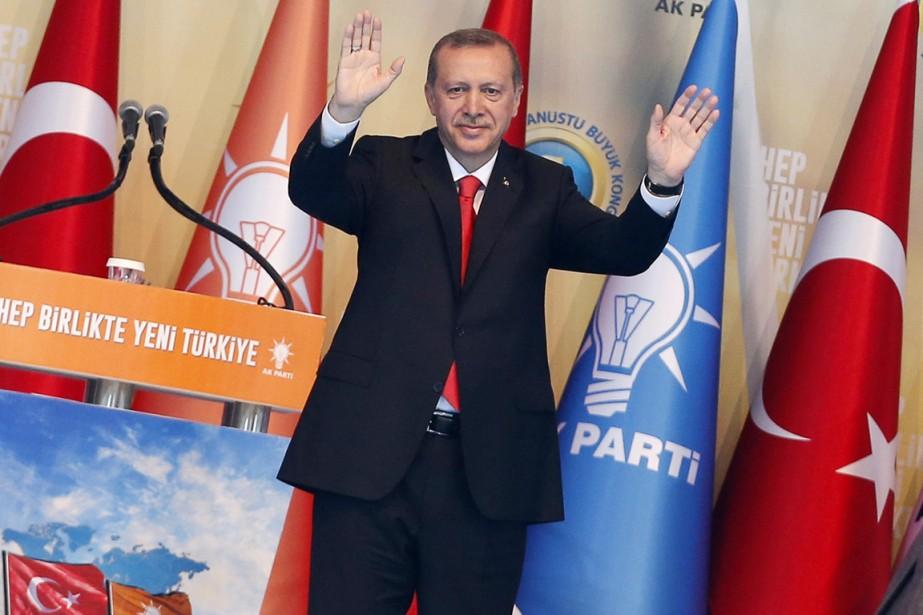 «L'AKP est mon cinquième enfant. Le temps de... (PHOTO UMIT BEKTAS, REUTERS)