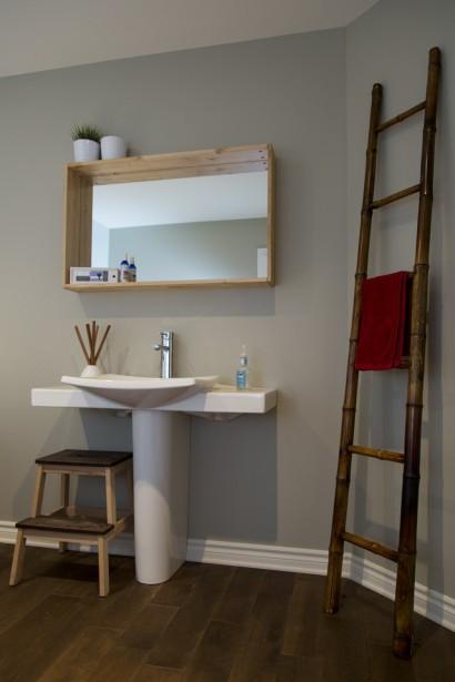 La salle de bain du rez-de-chaussée. (Photo Simon Giroux, La Presse)