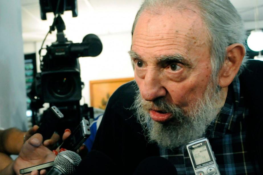Fidel Castro acritiqué à nouveau lundi le soutien... (PHOTO ARCHIVES REUTERS)