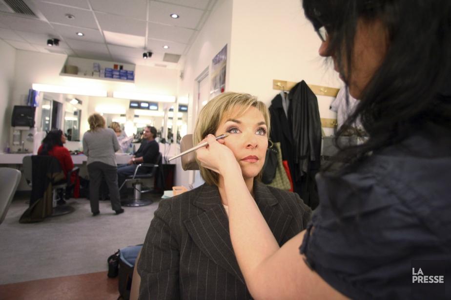La journaliste Sophie Thibeault anime le TVA Nouvelles... (Photo: Martin Chamberland, archives La Presse)