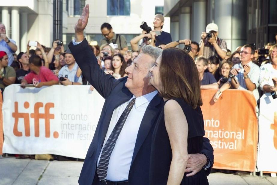 Dustin Hoffman et sa femme Lisa, à la... (PHOTO FRED THORNHILL, REUTERS)