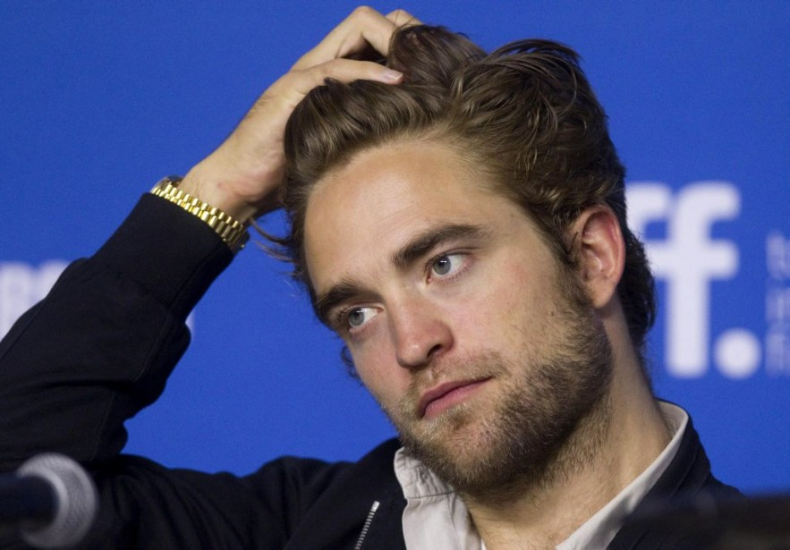 Jour 6 -Robert Pattinson en conférence de presse pour le film <em>Maps to the Stars</em> de David Cronenberg. (Photo: Reuters)