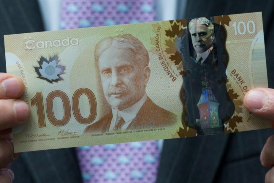 Un billet de 100$ en polymère.... (Photo Archives La Presse Canadienne)