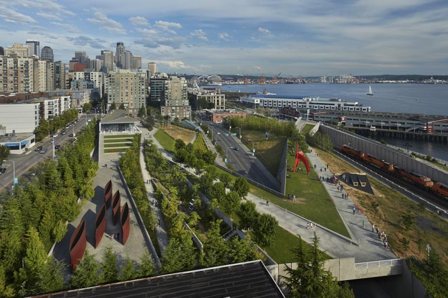 L'Olympic Sculpture Park, où sont exposées des oeuvres du Seattle Art Museum. (Photo Benjamin Benschneider, fournie par le Seattle Art Museum)