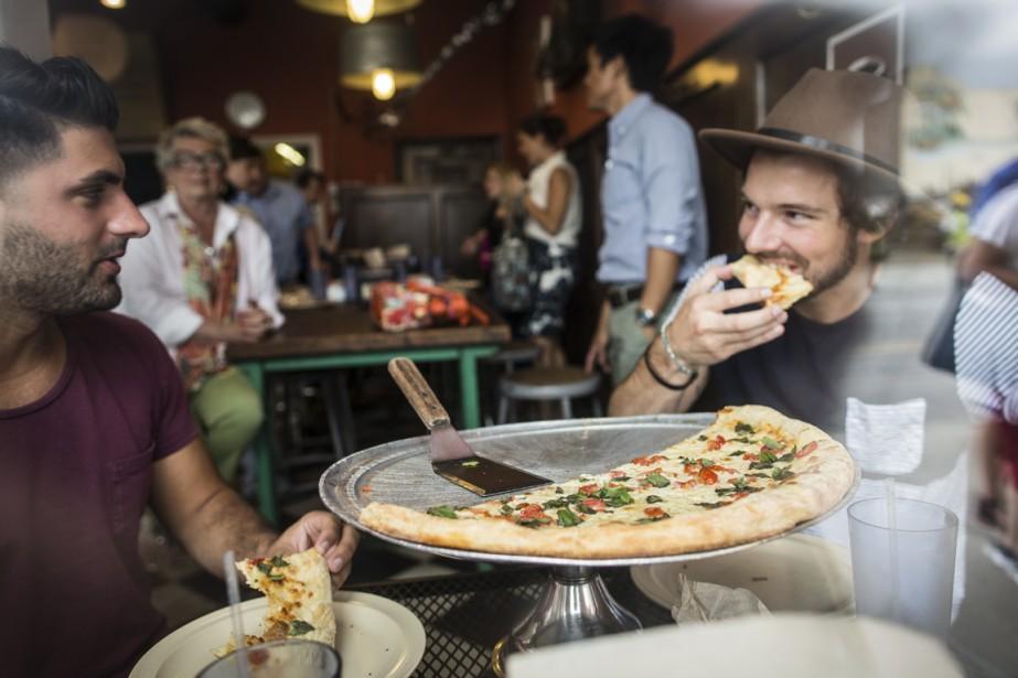 La pizzeria Supino, rue Russell, fait partie de ces commerces qui on ranimé les environs de l'Eastern Market, aujourd'hui l'un des secteurs les plus agréables de Detroit. (Photo Edouard Plante-Fréchette, La Presse)