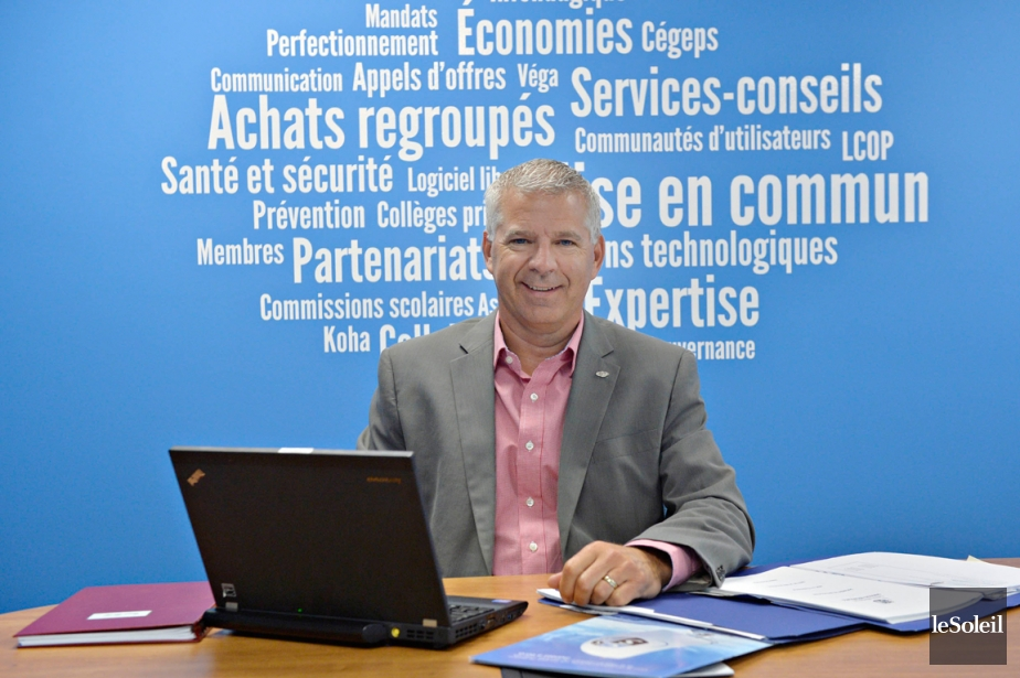 Serge Tardif est coordonnateur des achats regroupés au... (PHOTO PASCAL RATTHÉ, LE SOLEIL)