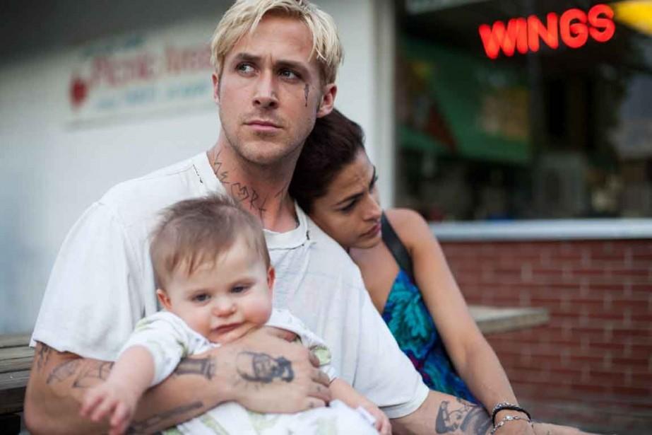 Ryan Gosling et Eva Mendes dans une scène... (Photo: fournie par Alliance Vivafilm)