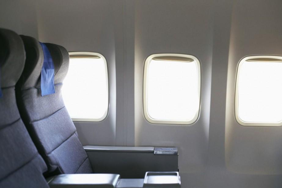 Pour parer à toute éventualité en vol et pour passer les... (Photos.com)