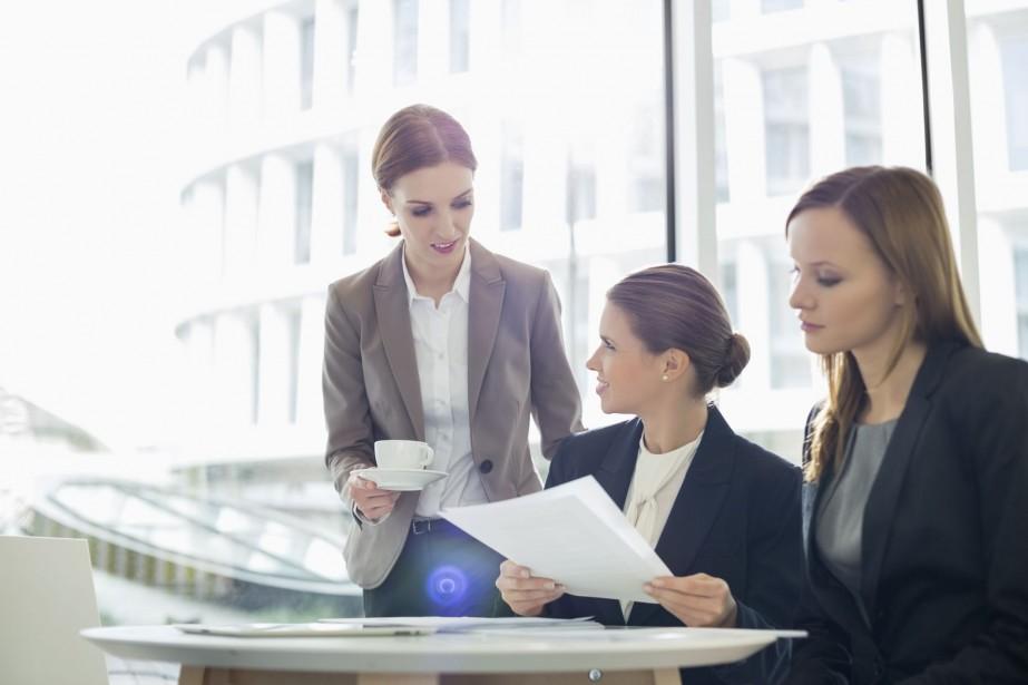 Les entreprises qui comptent des femmes au sein de... (Photo Digital/Thinkstock)