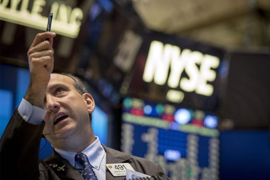 Une série de données économiques en demi-teinte aux... (PHOTO BRENDAN MCDERMID, REUTERS)