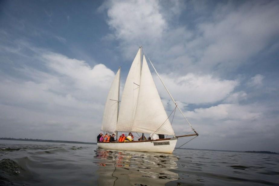 Le voilier est adapté pour les accueillir, notamment... (PHOTO WOJTEK RADWANSKI, AFP)