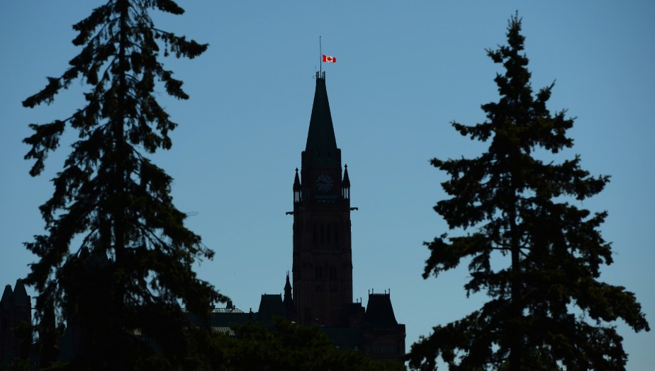 «Il ne s'agit pas de «rouvrir» ou non... (Photo Sean Kilpatrick, archives La Presse Canadienne)