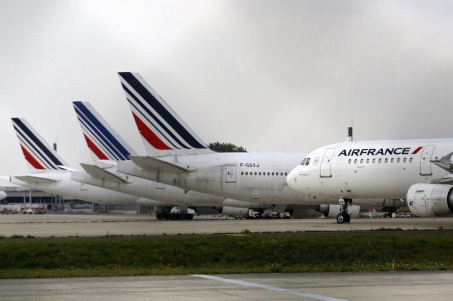 Le taux de pilotes grévistes est estimé à... (Photo Reuters)