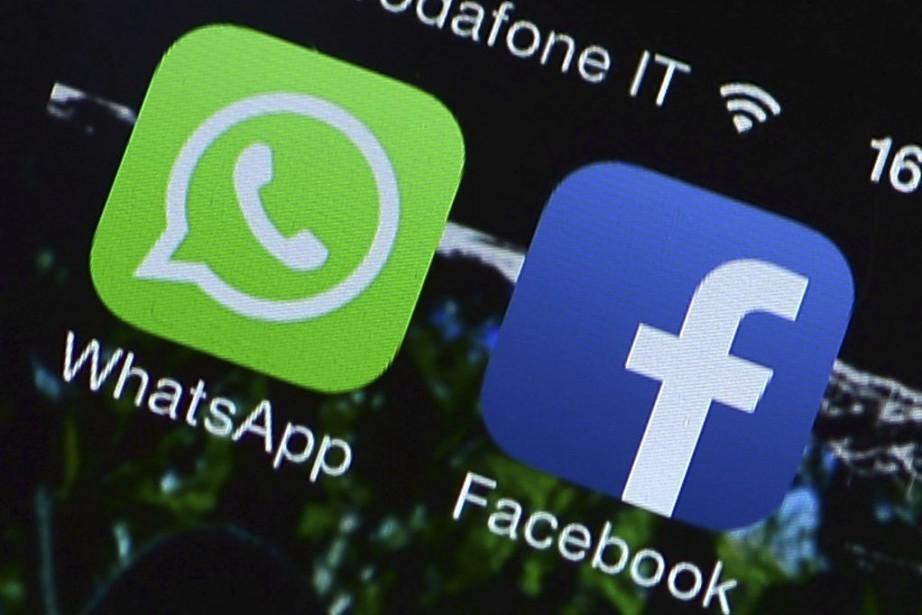 Le service de messagerie WhatsApp va tester des services... (PHOTO ARCHIVES AFP)